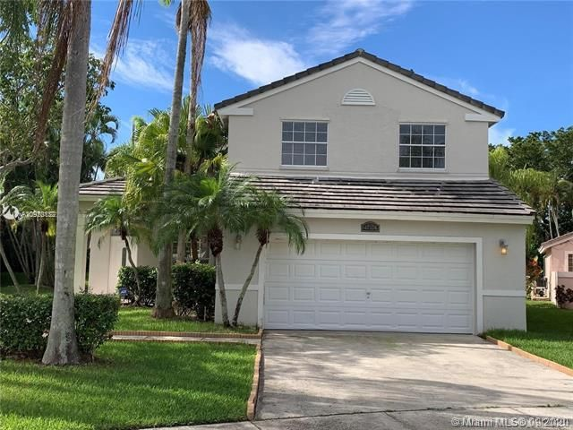 Silver Lakes At Pembroke for Sale - 17570 NW 10th St, Pembroke Pines 33029, photo 3 of 30