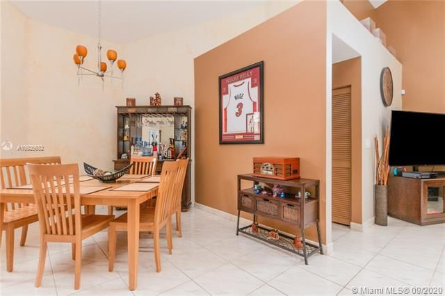 Silver Lakes At Pembroke for Sale - 1593 NW 182nd Way, Pembroke Pines 33029, photo 15 of 51