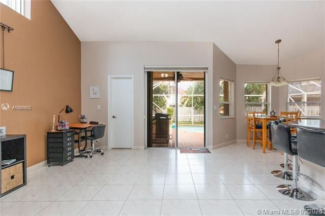 Silver Lakes At Pembroke for Sale - 1593 NW 182nd Way, Pembroke Pines 33029, photo 18 of 51