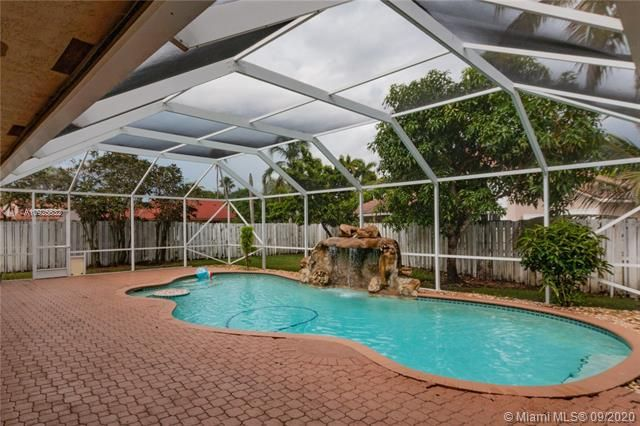 Silver Lakes At Pembroke for Sale - 1593 NW 182nd Way, Pembroke Pines 33029, photo 42 of 51