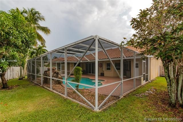 Silver Lakes At Pembroke for Sale - 1593 NW 182nd Way, Pembroke Pines 33029, photo 45 of 51