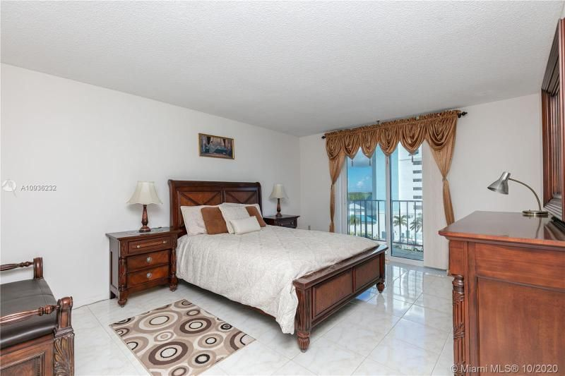 Crystal Tower for Sale - 322 Buchanan St, Unit 609, Hollywood 33019, photo 16 of 43
