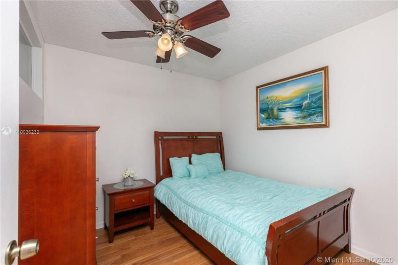 Crystal Tower for Sale - 322 Buchanan St, Unit 609, Hollywood 33019, photo 23 of 43