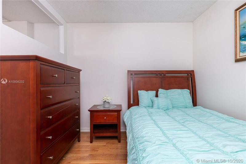 Crystal Tower for Sale - 322 Buchanan St, Unit 609, Hollywood 33019, photo 24 of 43