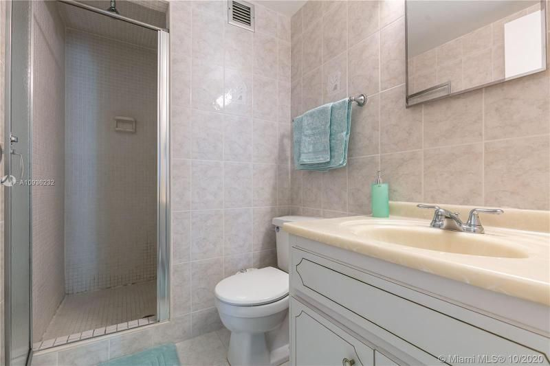 Crystal Tower for Sale - 322 Buchanan St, Unit 609, Hollywood 33019, photo 25 of 43