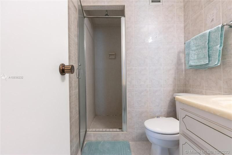 Crystal Tower for Sale - 322 Buchanan St, Unit 609, Hollywood 33019, photo 26 of 43