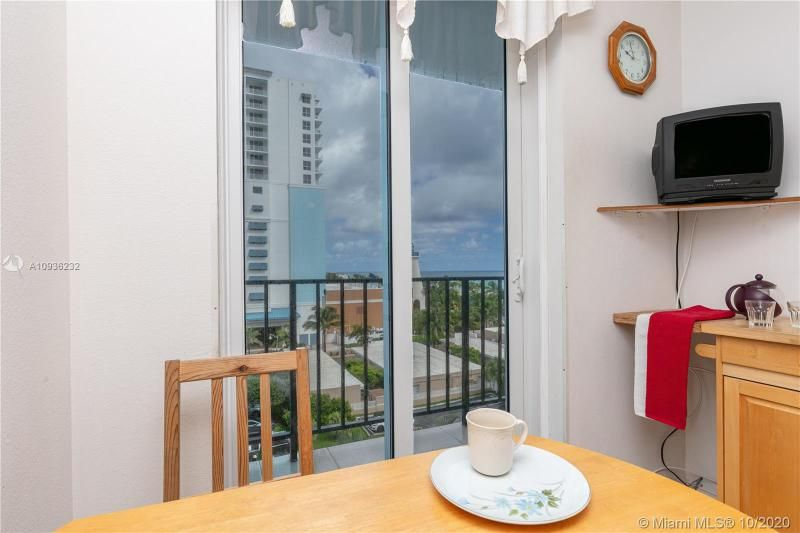 Crystal Tower for Sale - 322 Buchanan St, Unit 609, Hollywood 33019, photo 29 of 43