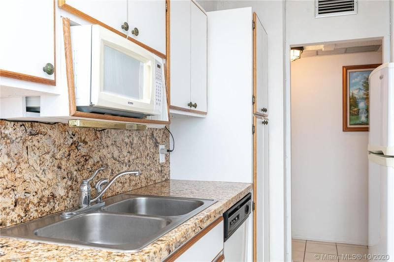 Crystal Tower for Sale - 322 Buchanan St, Unit 609, Hollywood 33019, photo 31 of 43