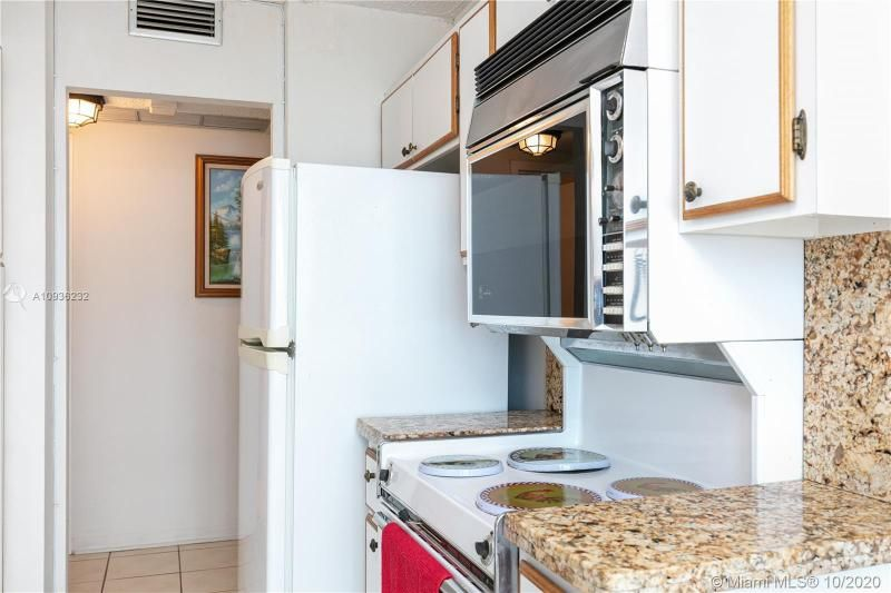 Crystal Tower for Sale - 322 Buchanan St, Unit 609, Hollywood 33019, photo 32 of 43