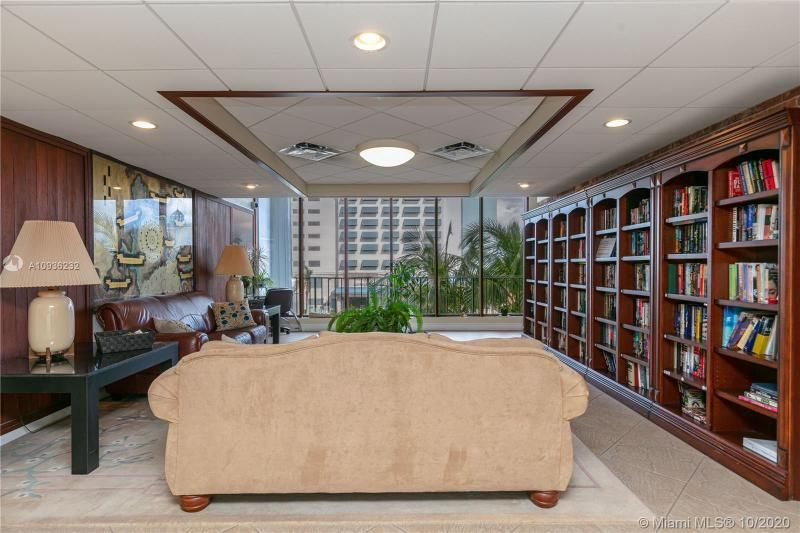 Crystal Tower for Sale - 322 Buchanan St, Unit 609, Hollywood 33019, photo 37 of 43