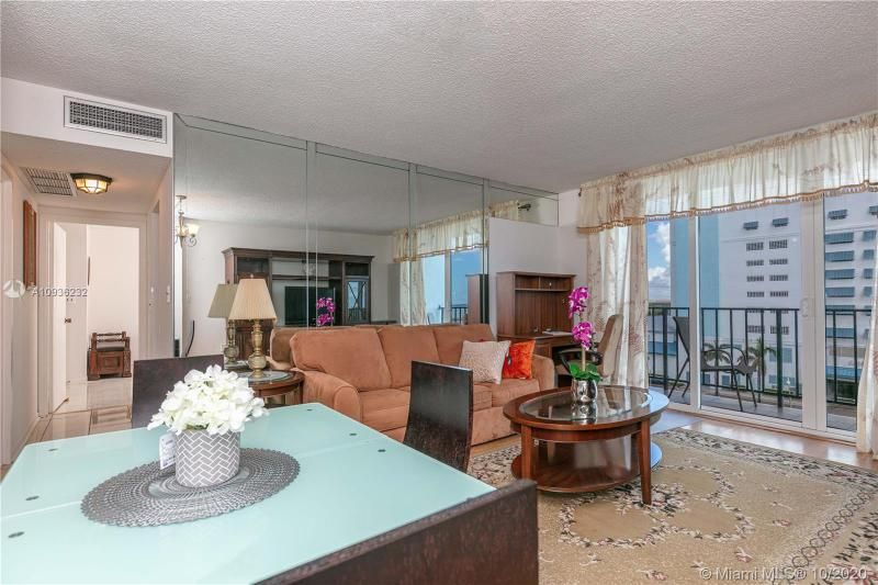 Crystal Tower for Sale - 322 Buchanan St, Unit 609, Hollywood 33019, photo 7 of 43