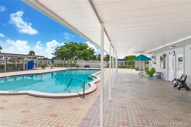 Paradise Gardens Sec 4 for Sale - 7250 NW 9th St, Margate 33063, photo 1 of 16