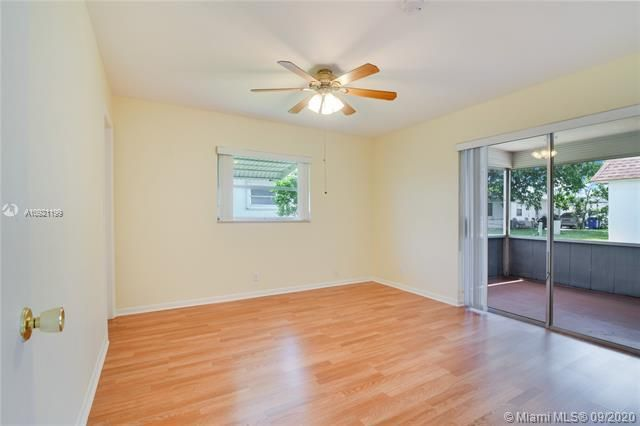 Paradise Gardens Sec 4 for Sale - 7250 NW 9th St, Margate 33063, photo 13 of 16