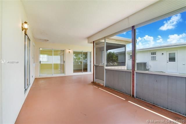 Paradise Gardens Sec 4 for Sale - 7250 NW 9th St, Margate 33063, photo 15 of 16