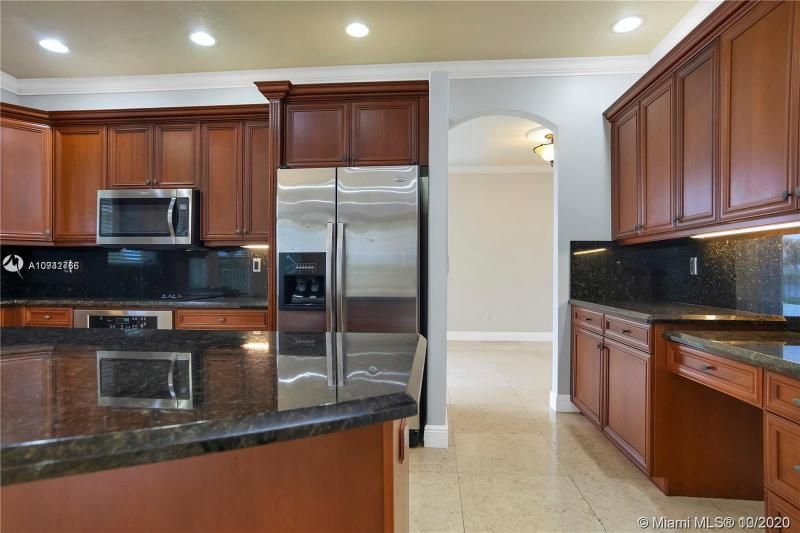 Riviera Isles for Sale - 15835 SW 52nd Ct, Miramar 33027, photo 14 of 43