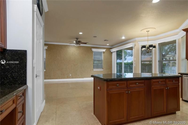 Riviera Isles for Sale - 15835 SW 52nd Ct, Miramar 33027, photo 16 of 43