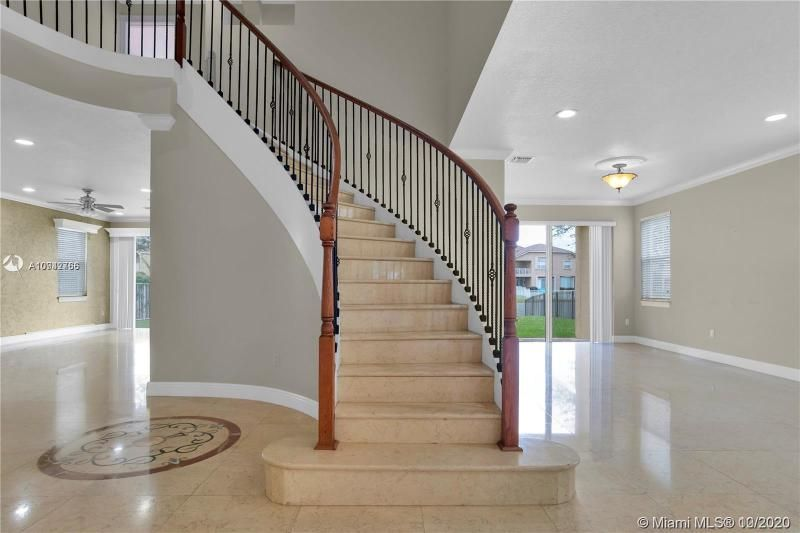Riviera Isles for Sale - 15835 SW 52nd Ct, Miramar 33027, photo 7 of 43