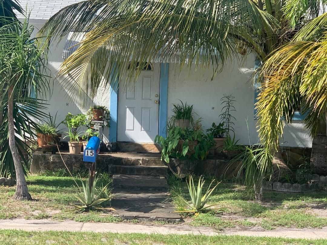 St James Park North for Sale - 15 SE 15th Street, Dania 33004, photo 3 of 32