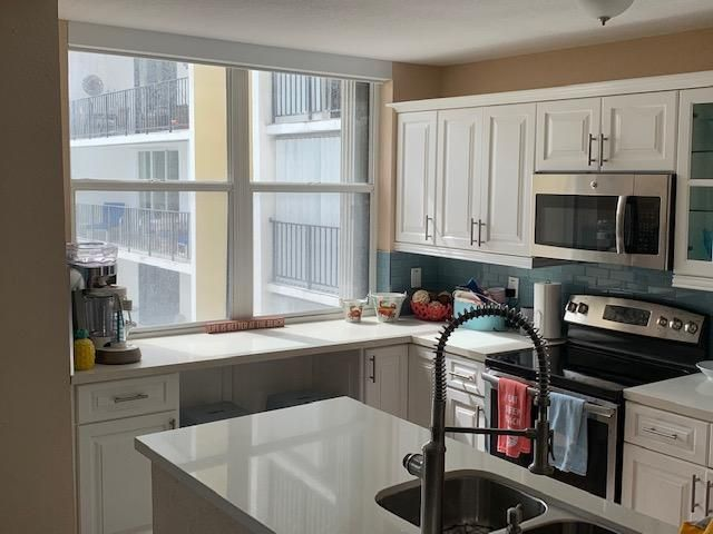Crystal Tower for Sale - 322 Buchanan Street, Unit 803, Hollywood 33019, photo 11 of 26
