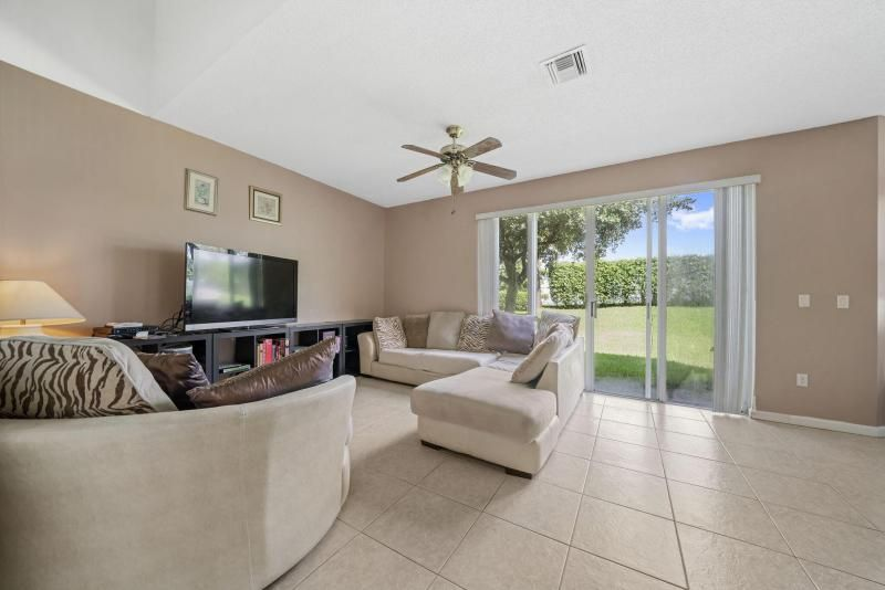 Riviera Isles for Sale - 17175 SW 49th Place, Miramar 33027, photo 3 of 31