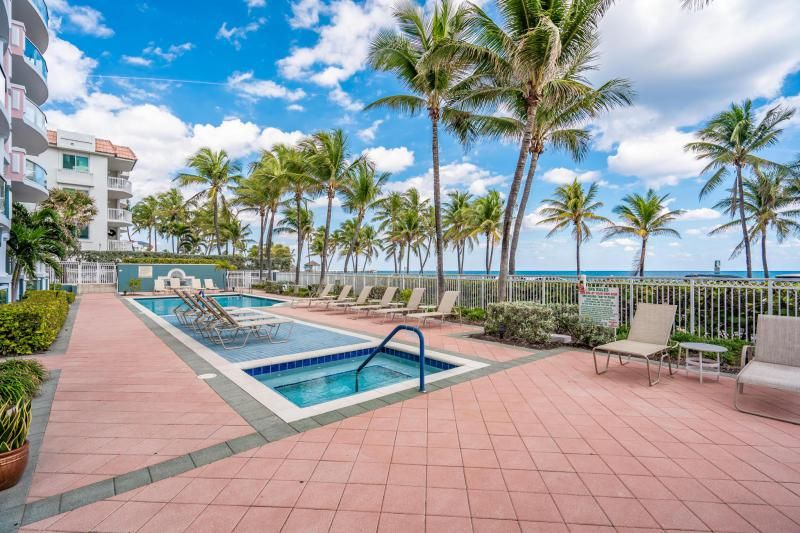 Ocean Plaza for Sale - 2051 SE 3rd Street, Unit Th11, Deerfield Beach 33441, photo 30 of 53