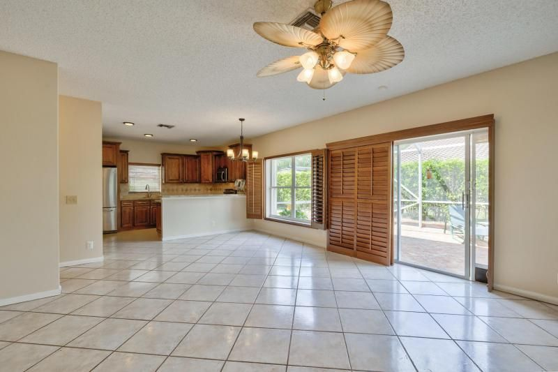 Winston Park Sec 3 for Sale - 4467 NW 63rd Drive, Coconut Creek 33073, photo 9 of 28