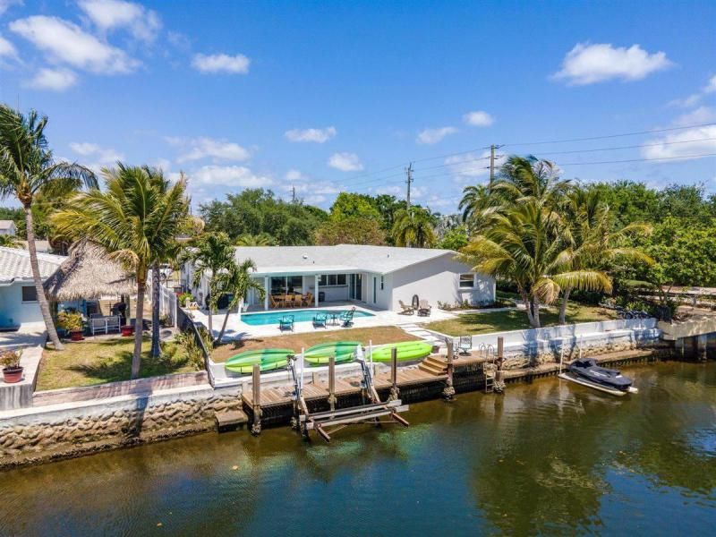 Venetian Isles for Sale - 2180 NE 44th Court, Lighthouse Point 33064, photo 1 of 34