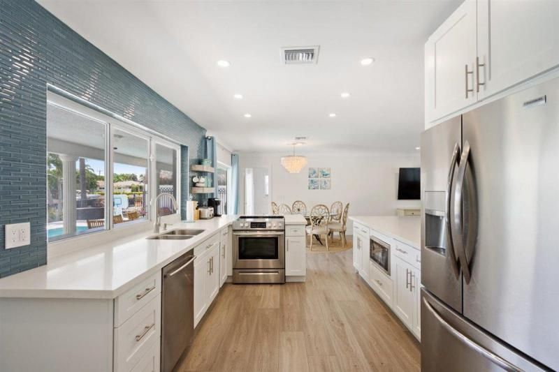 Venetian Isles for Sale - 2180 NE 44th Court, Lighthouse Point 33064, photo 18 of 34