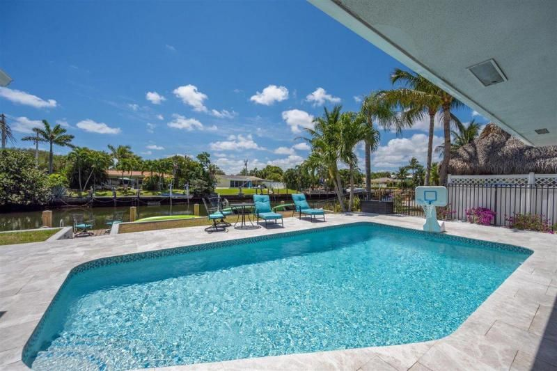 Venetian Isles for Sale - 2180 NE 44th Court, Lighthouse Point 33064, photo 8 of 34
