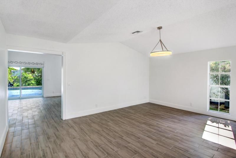 Parkwood Vi for Sale - 6630 NW 41 Terrace, Coconut Creek 33073, photo 3 of 27