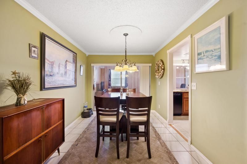 Paradise Gardens for Sale - 1095 NW 66th Terrace, Margate 33063, photo 5 of 17