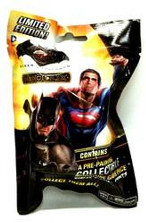 DC COMICS -  BATMAN VS SUPERMAN BOOSTER PACK -  DC HEROCLIX