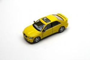 LEXUS -  2004 IS300 1/36 - YELLOW