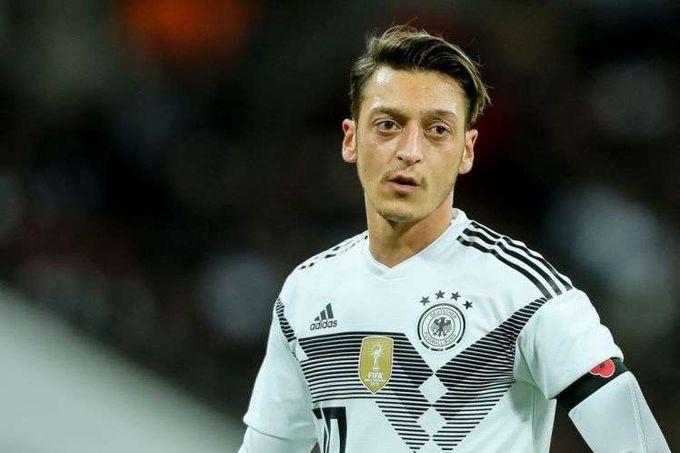 政治不正確下注定背鍋的奧斯爾——德土紛爭如何影響德國足球