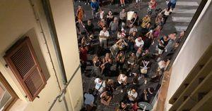 No vax contro Matteo Ricci. A Pesaro la manifestazione finisce sotto casa del sindaco