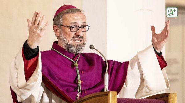Katholische Kirche: Papst nimmt Rücktritt von Erzbischof nicht an