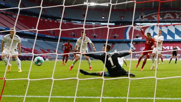 Union trotzt Bayern Remis ab – Frankfurt schlägt Wolfsburg