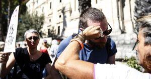 Roma, giornalista di Repubblica aggredito da manifestante No Green pass: