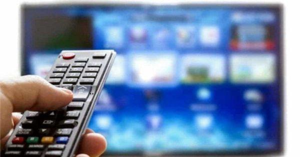 Switch off del digitale terrestre: come fare per capire se si deve comprare una nuova tv thumbnail