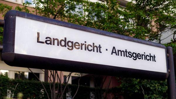 Köln: Mann steht wegen versuchten Mordes vor Gericht – dann wird es plötzlich romantisch