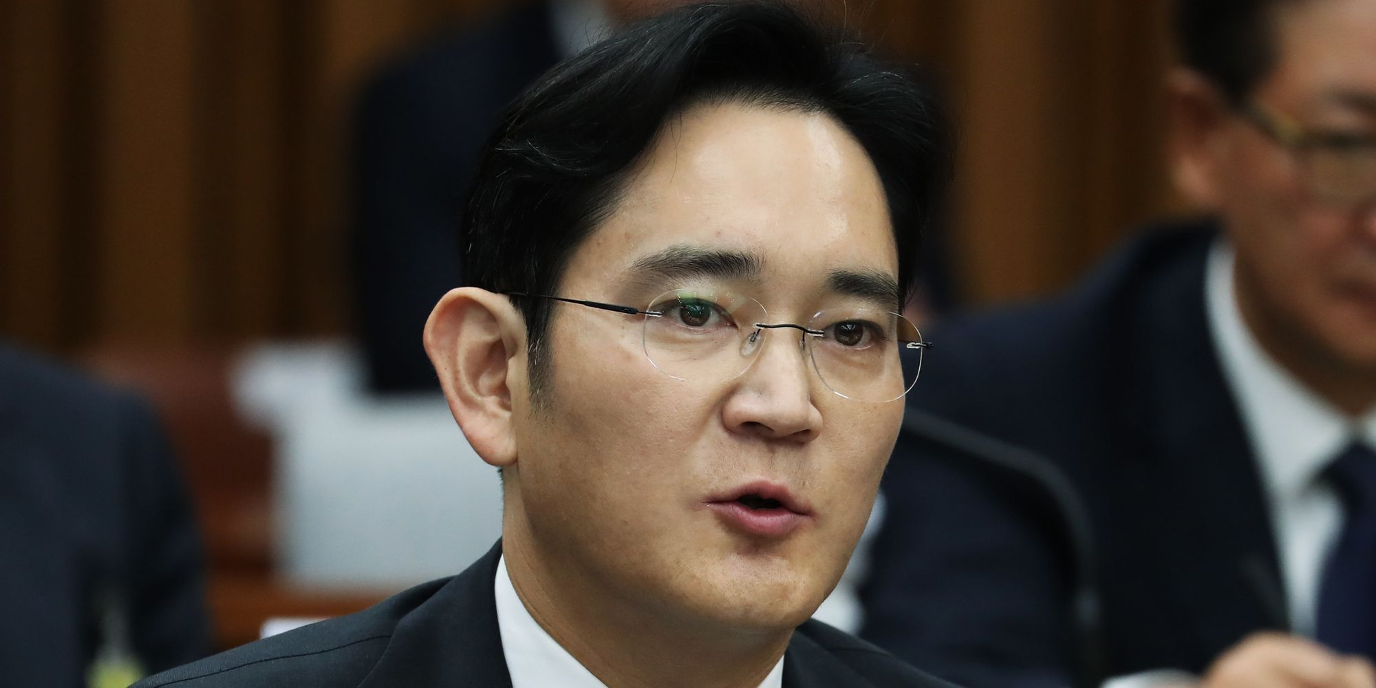 Prosecutor To Seek Arrest Warrant For Samsung Chief
