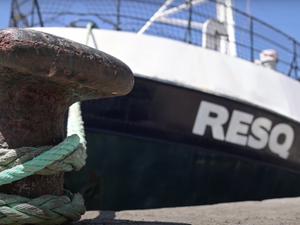 S'ingrossa la flotta buonista: in mare una nuova Ong