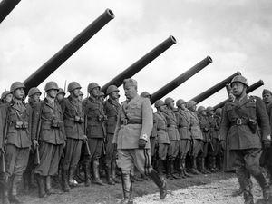 Un errore rimuovere il fascismo dalla storia