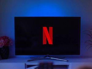 Account Netflix condiviso? La festa è finita, anche in Italia