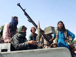 Guerra tra correnti talebane per comandare il governo. L'Ue: nessun riconoscimento