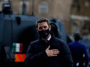 Tom Cruise beffato: mentre lavora gli rubano l'auto a 100mila euro