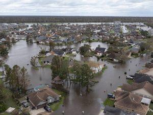 Ida travolge la Louisiana. La Casa Bianca:
