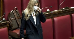Basta cavi maschio e femmina: Laura Ravetto smaschera l'ultima ipocrisia di genere