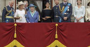 Harry si scava la fossa, ma Camilla potrebbe non diventare regina. Oscurato il giubileo di platino?