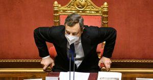 Cambi di casacca e assenze, dimagrisce la maggioranza che sostiene Mario Draghi